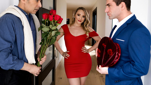 Watch AJ Applegate now!