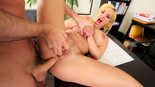 Watch Shyla Stylez now!