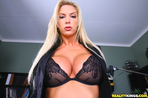 Watch Brooke Banner at Big Tits Boss now!