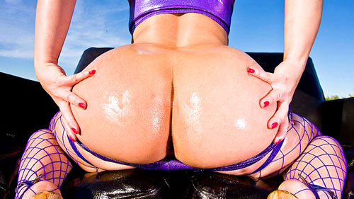 Watch Katja Kassin at Big Wet Butts now!